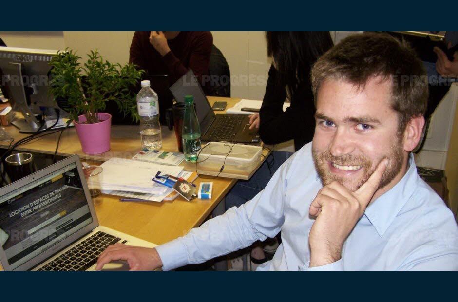 Brieuc Oger et son équipe de Hub-Grade dans les locaux de l'incubateur de l'EM Lyon