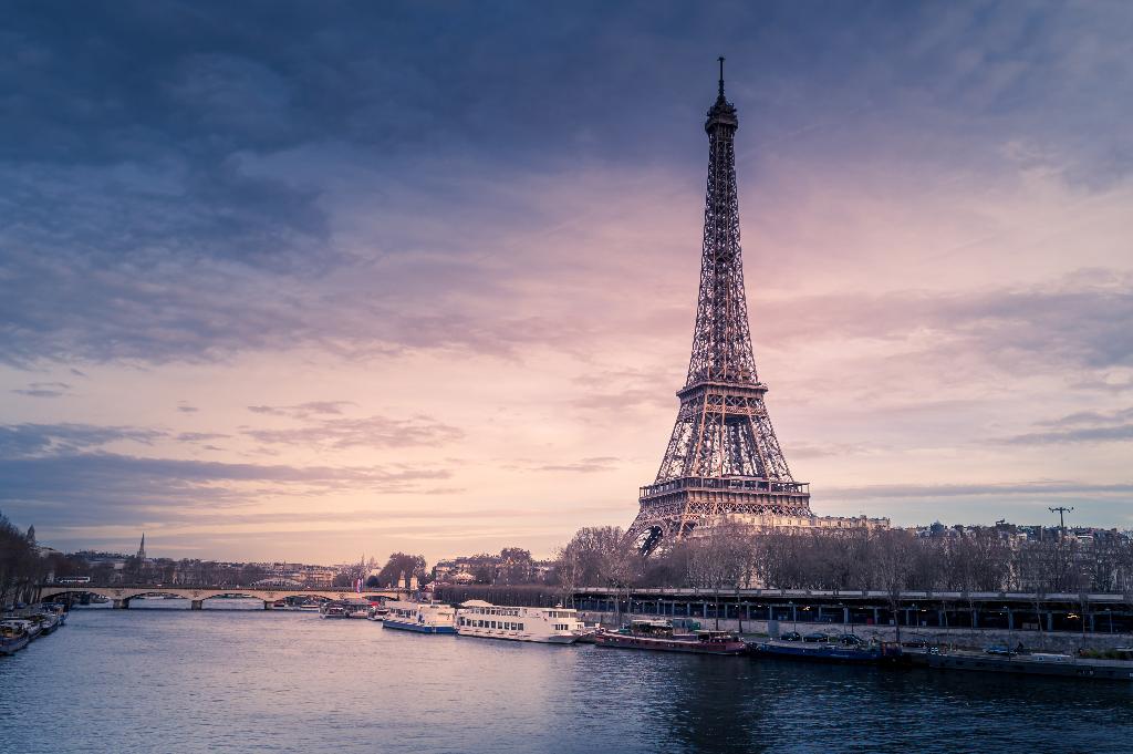 Aew europe acquiert quatre actifs de bureaux à paris pour m