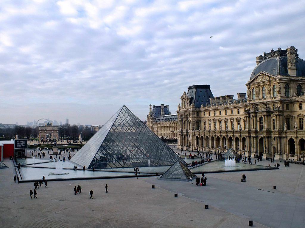 Louer un bureau en centre d'affaires à Paris : les monuments