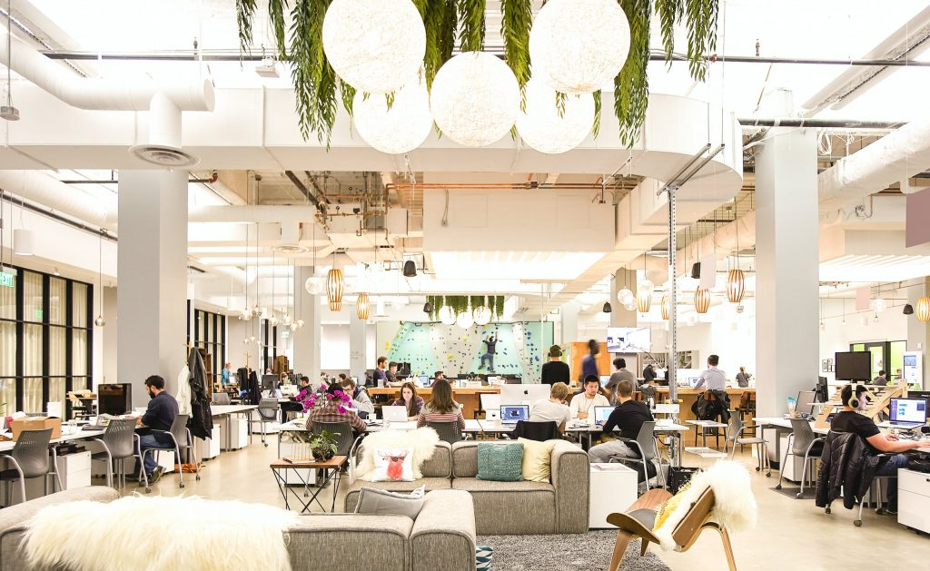 Coworking en salon professionnel : comment faire ?
