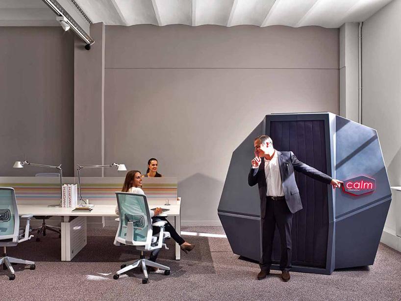 La bonne idée pour une bonne sieste au travail : la cabine