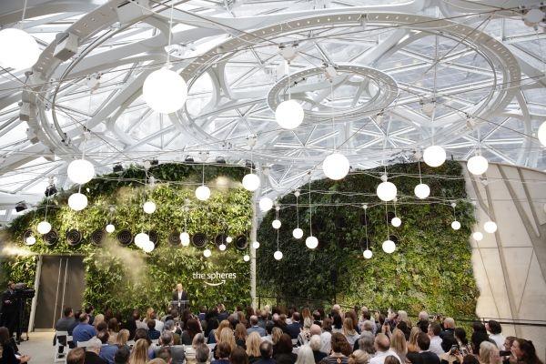 Les plantes au bureau - The Spheres, par Amazon
