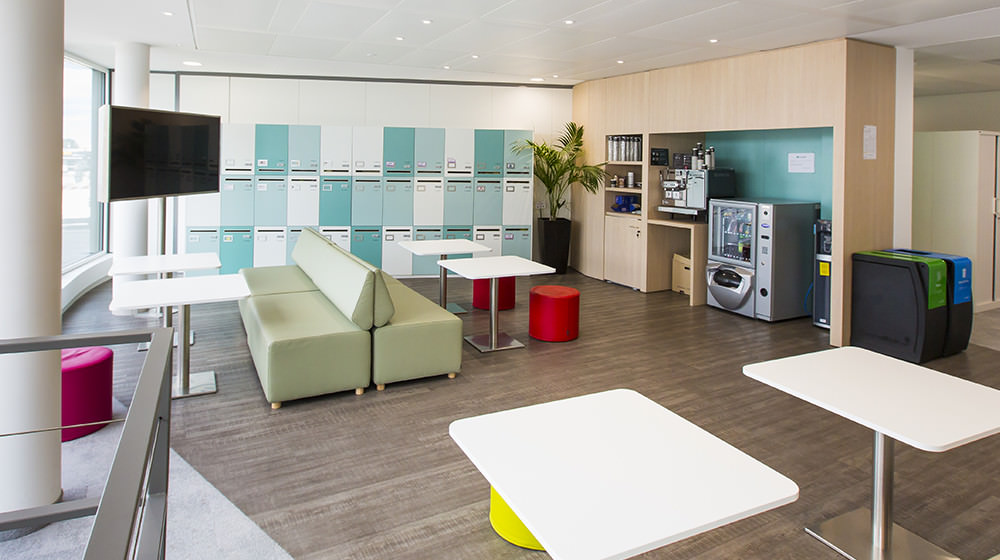 bnp-paribas-flex-office-cafeteria