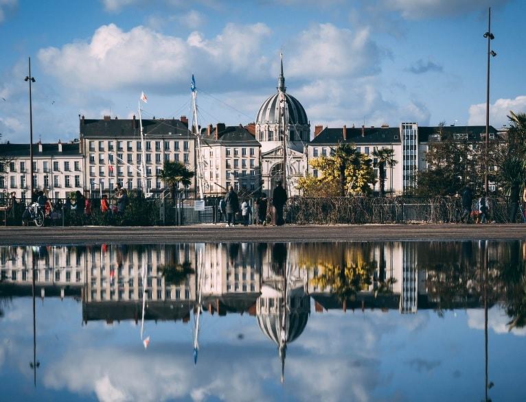 Tout savoir sur la location de bureaux à Nantes