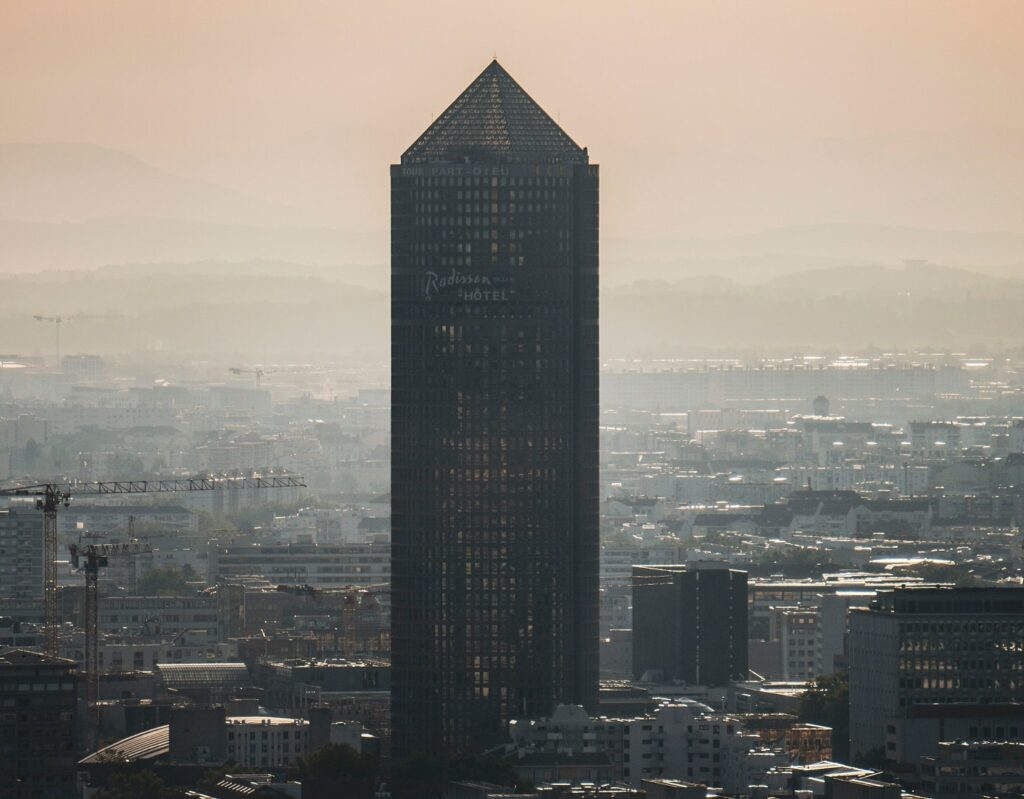 Lyon : la Part-Dieu, deuxième quartier d'affaires français. ©Nathan J - Unsplash